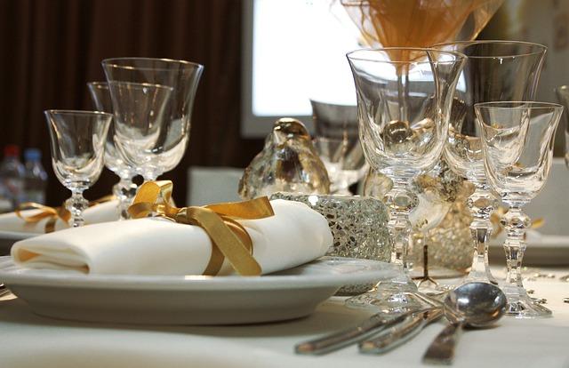 עמדת שזירה לחתונה מחיר